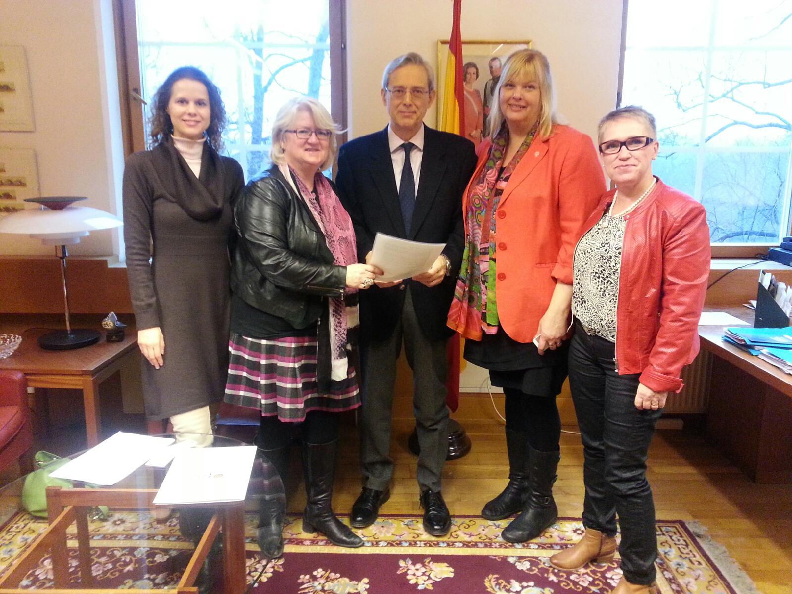 På Spaniens ambassad